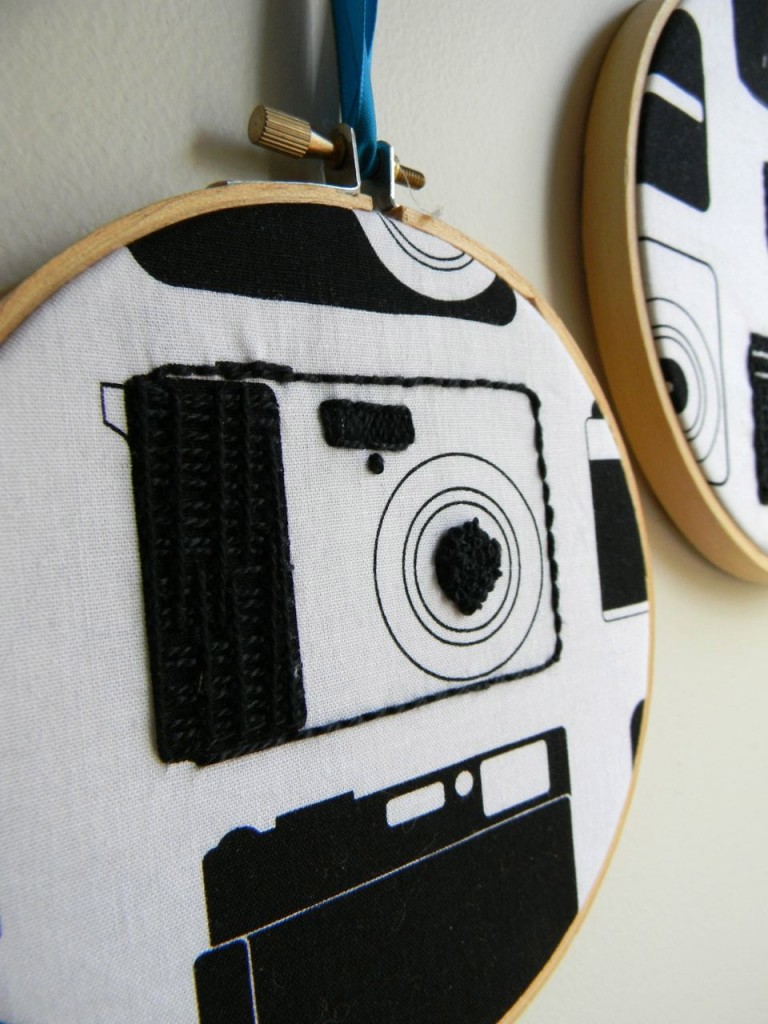 camera the embroidery closeup