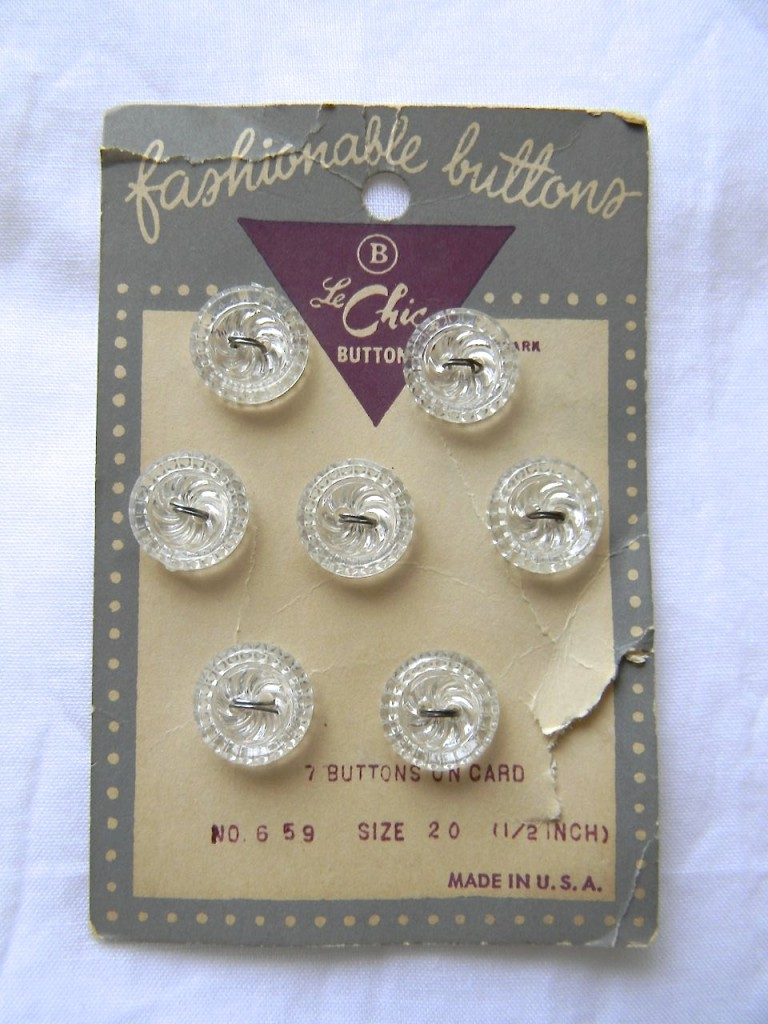 fashionable buttons 1