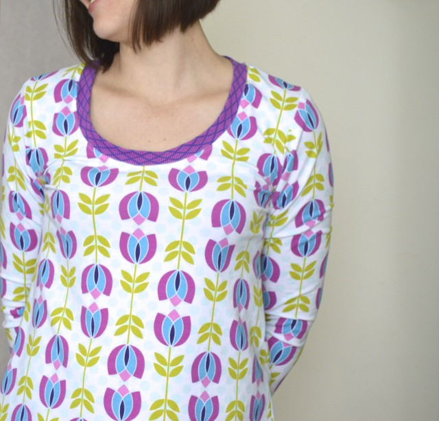 a plantain tee -a free pattern from deer & doe--made by a happy stitch