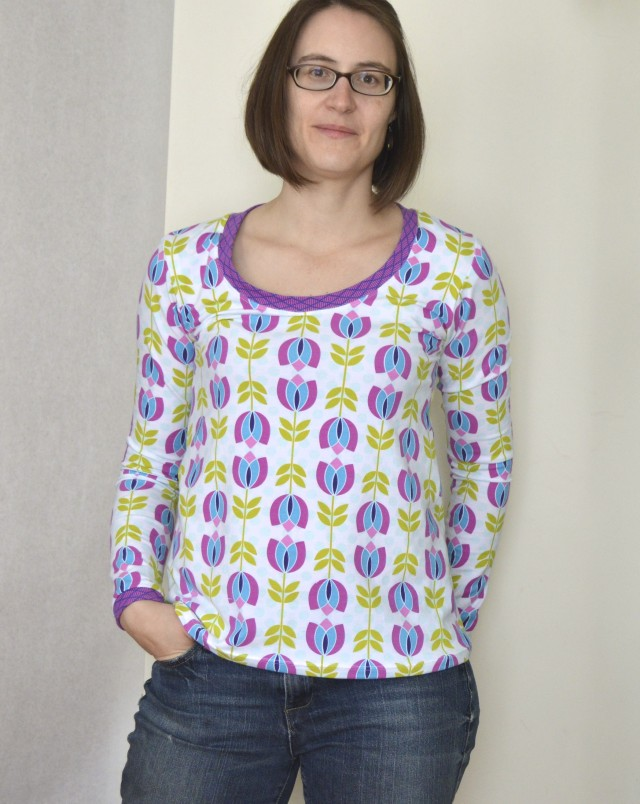 plantain tee -free pattern from deer & doe- made by melissa q. of a happy stitch