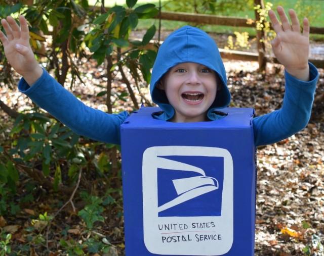 Mailbox Costume : Unique Halloween Costume