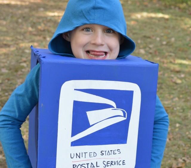 Mailbox Costume : Halloween