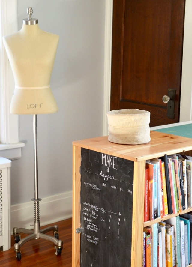 where I sew : Sewing Studio Tour // a happy stitch