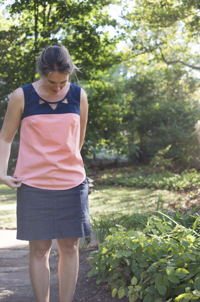 The Lovely Datura Blouse in Coral voile and Navy : An elegant sew! - a-happy-stitch_