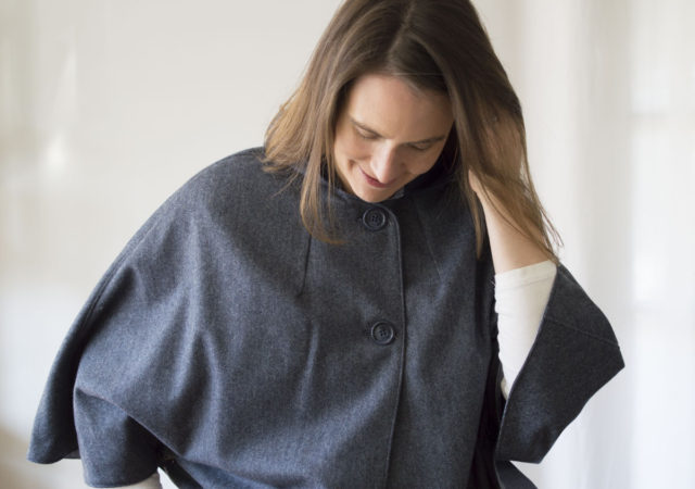 New York Cape in Wool _ sewn by a happy stitch