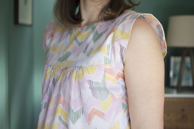 Alice Top in Batiste (Leah Duncan fabric from Cloud 9 fabrics) :: A Happy Stitch