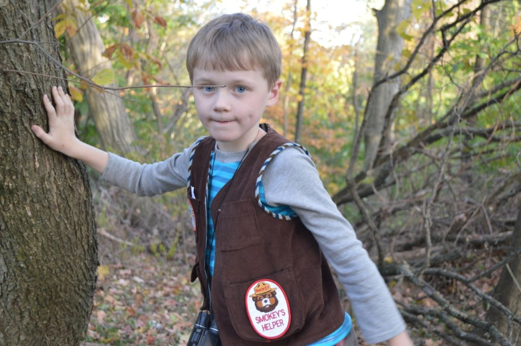explorer vest from a happy stitch