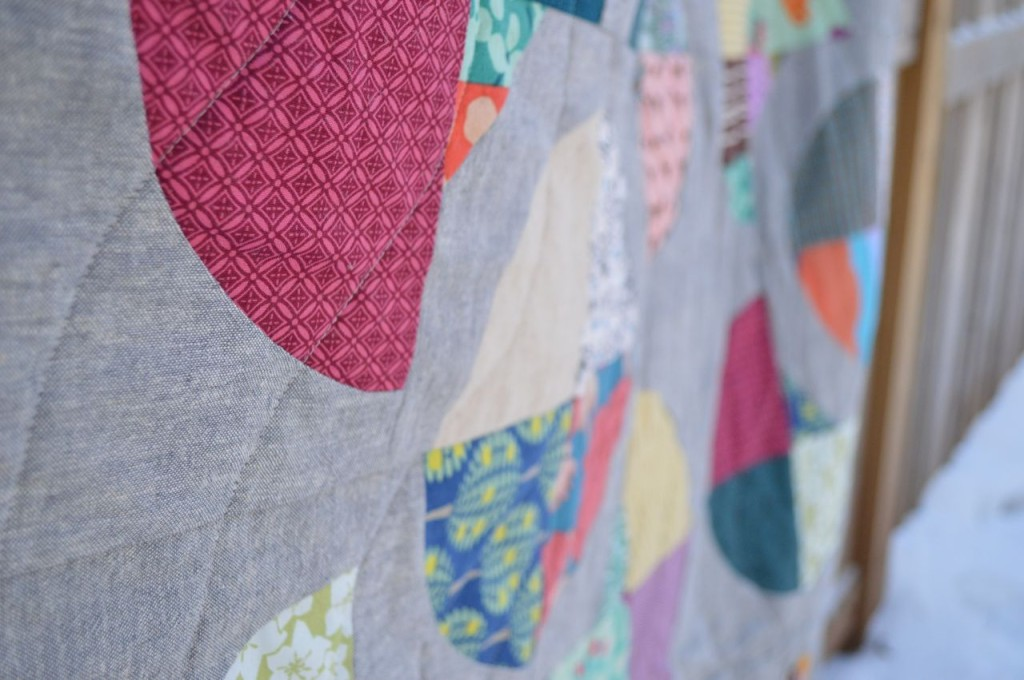 flower quilt detail (from a happy stitch)
