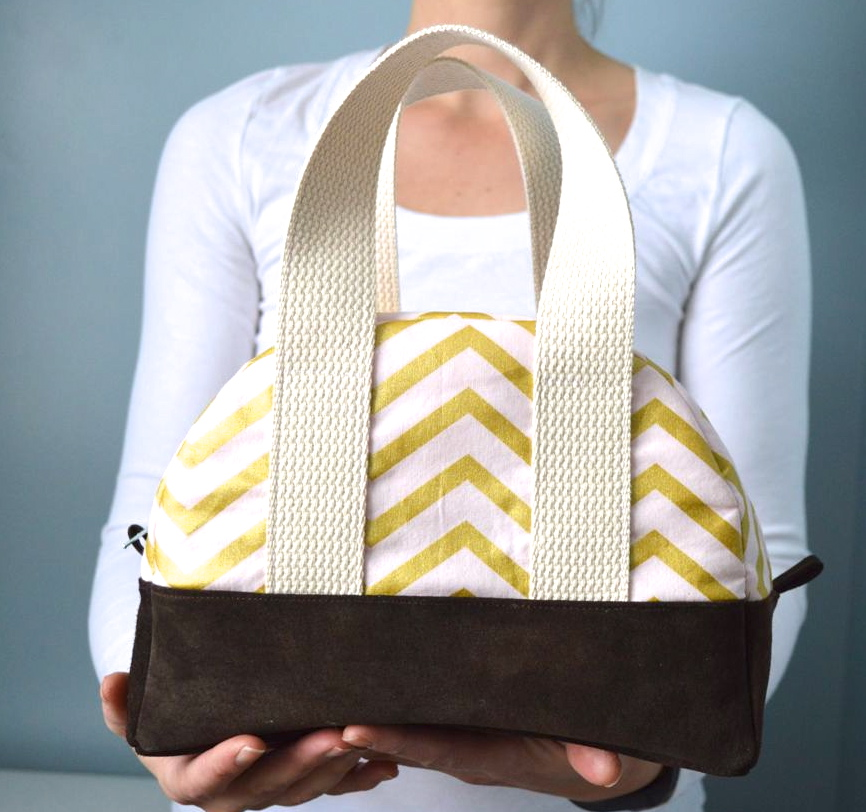 glitz blitz travel bag with leather bottom