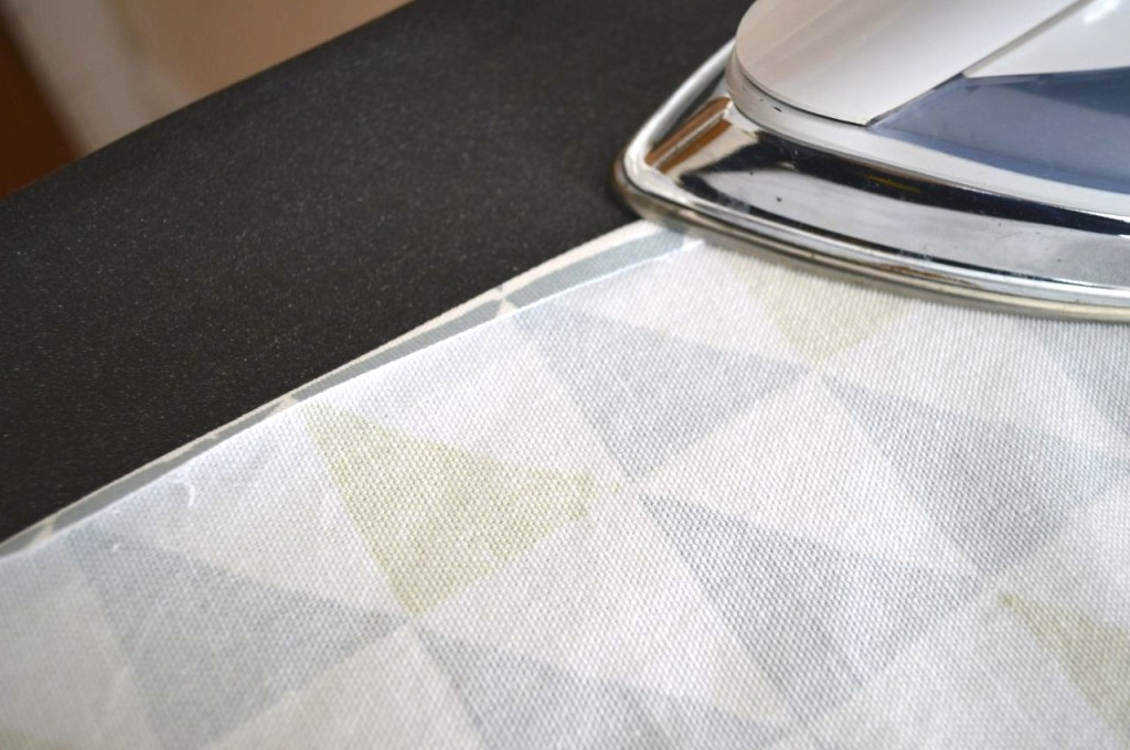 Making Faux Roman shades-a happy stitch