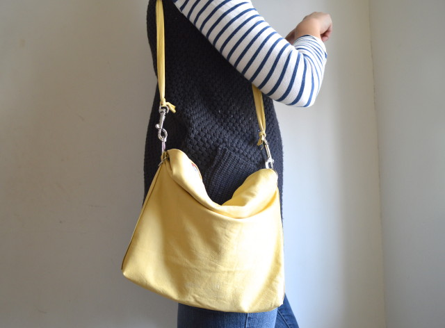 butter yellow leather bag pattern from heather ross, made by a happy stitch