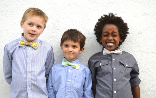 Super Cute Kids' Bow Tie tutorial with a velcro closure   by A Happy Stitch for Sew Mama Sew