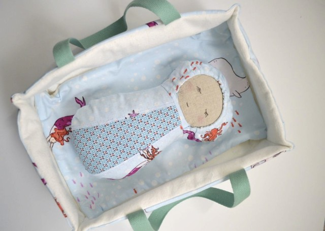 baby doll in carrier-pattern from patchwork posse