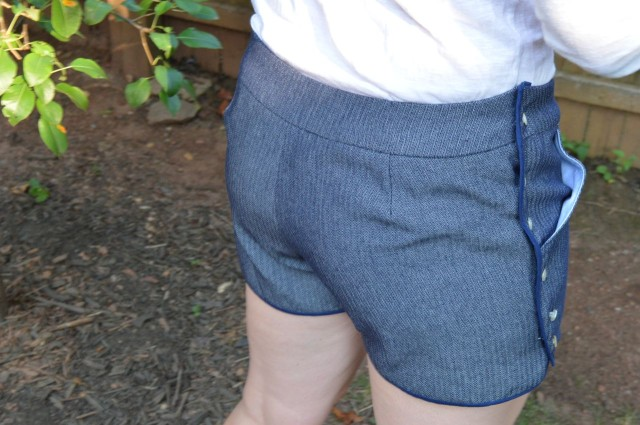 Movie in the Park Shorts from Dixie DIY | made by a happy stitch