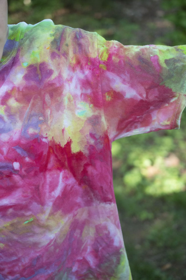 Ice Painted Tee Shirts_super cool detail | project from a happy stitch