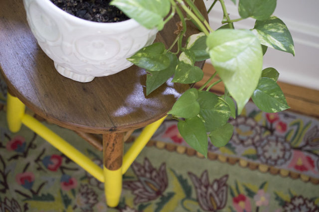 Yellow-Dipped Step Stool for Home Design | a happy stitch project