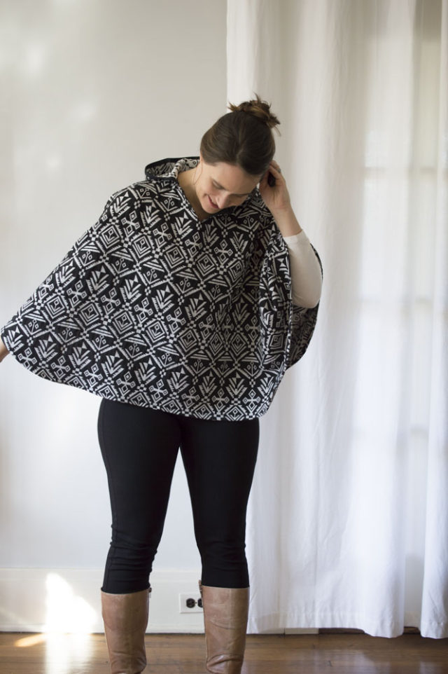 Boho-Style Cape _ sewn by a happy stitch