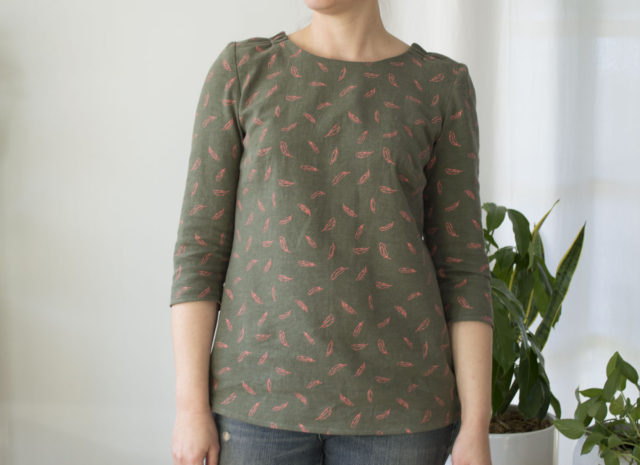 An Olive and Pink Everyday Blouse || sewn by a happy stitch