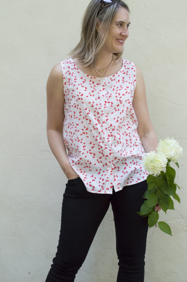Breezy Button-Up Tank :: Weekend Style Sewing with Sew Caroline | a happy stitch