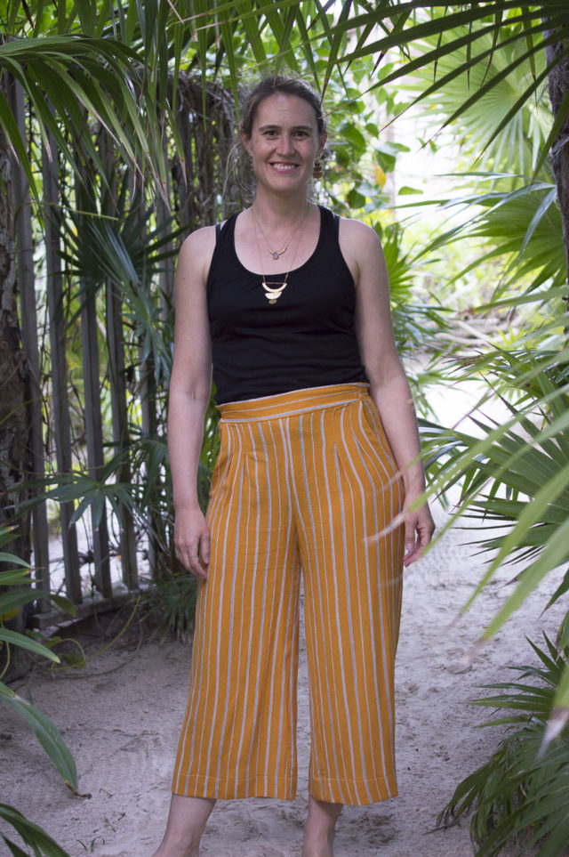 Goldenrod Emerson Pants for Indiesew Blogger Team _ Melissa Q. from A HAPPY STITCH