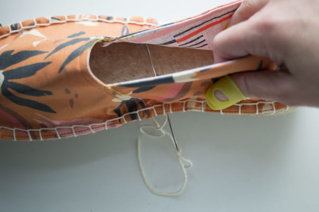 Espadrilles Sew-A-Long : Series 3 Create the Blanket Stitch and Finish the Shoes - A HAPPY STITCH