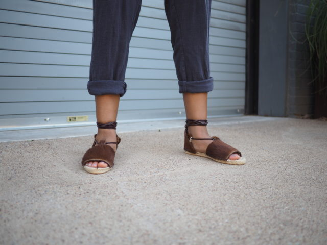 How to Style espadrilles with Alexis Bailey_ THE ESPADRILLES KIT - A HAPPY STITCH