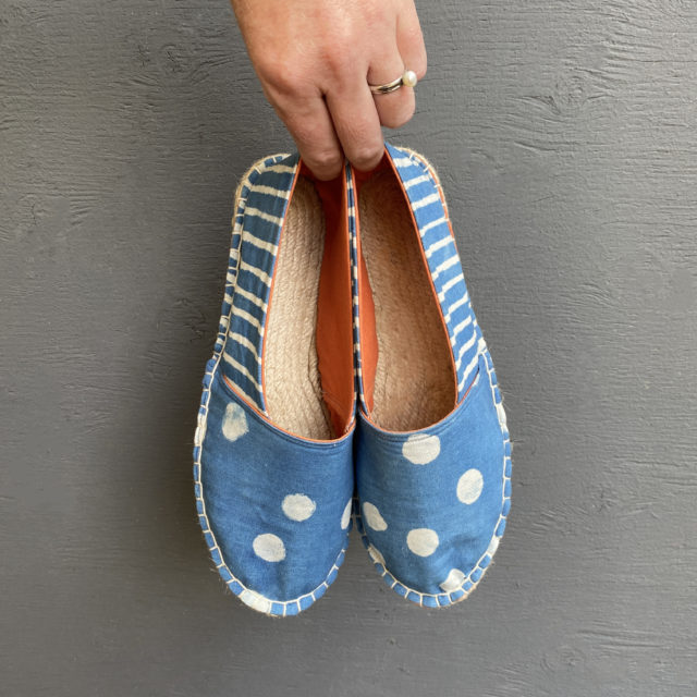 Clay Resist and Indigo Dyed Espadrilles Kit_The Love of Colour and A HAPPY STITCH